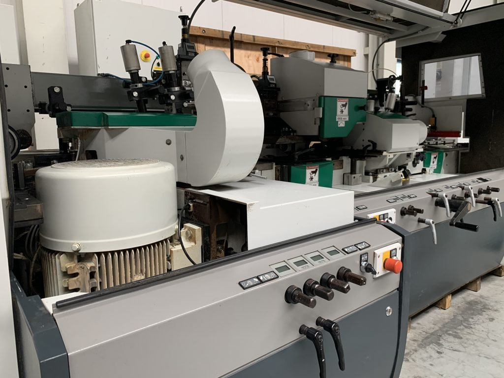 Weinig Powermat 1200 with cleaving saw